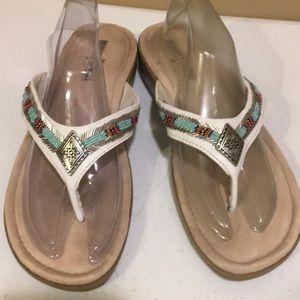 EUC Size 7 Minnetonka Sandals Southwest Style Cute